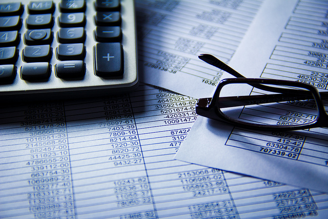 How To Get Hired with a Financial Analyst Resume